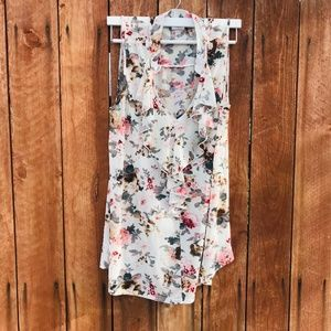 Tops - 1x plus size tunic sleeveless floral